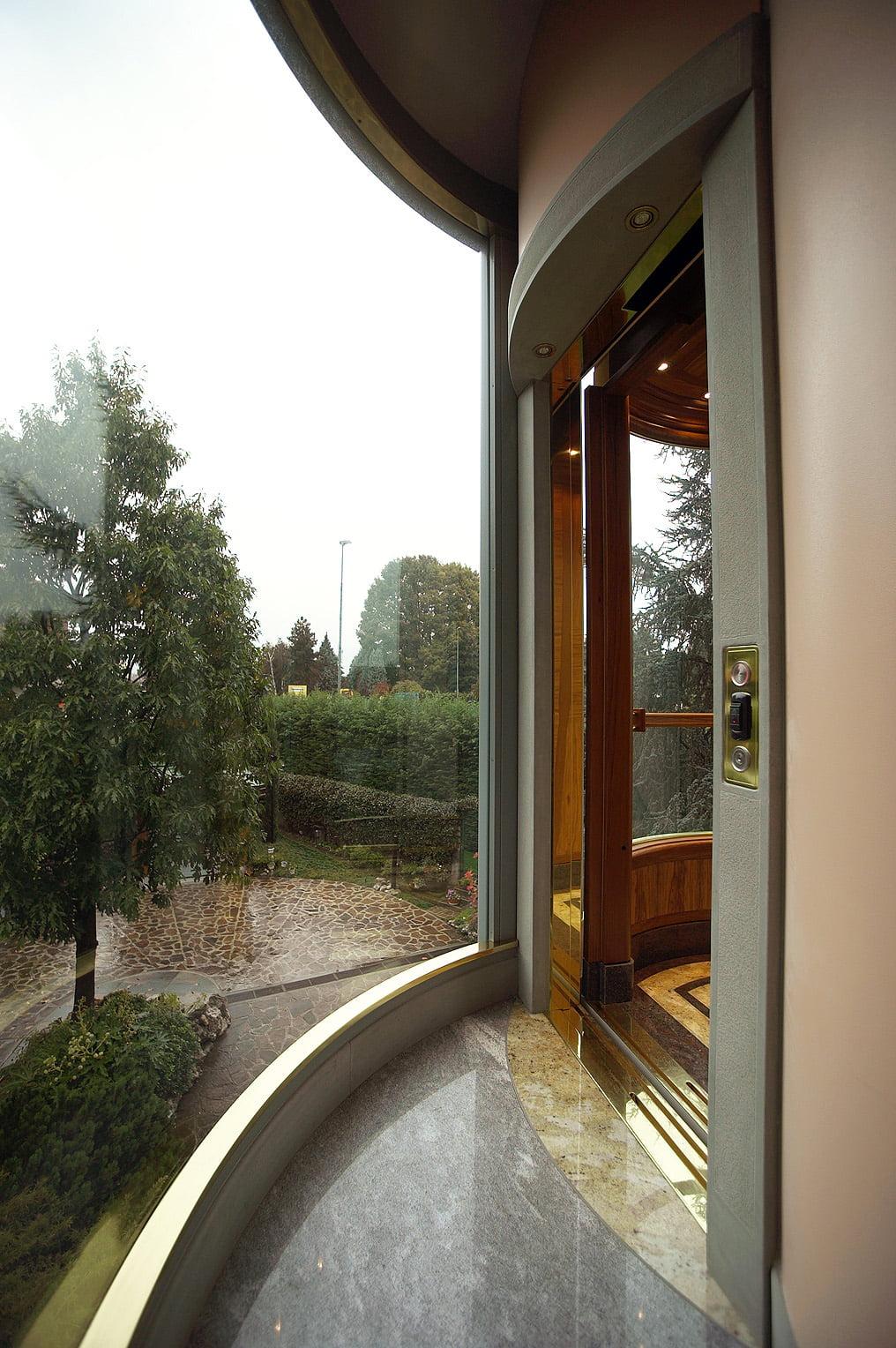 Ascensori esterni piccoli per casa condominio e ufficio for Ascensori per la casa moderna