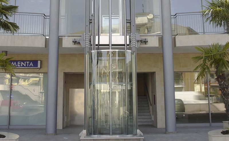 Ascensori esterni prezzi gruppo millepiani ascensori - Costo ascensore esterno 3 piani ...
