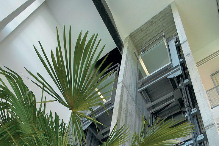 Quanto costa un ascensore esterno per un piano solo di abitazione?