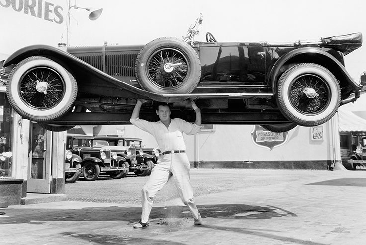 Come fare a sollevare un'auto